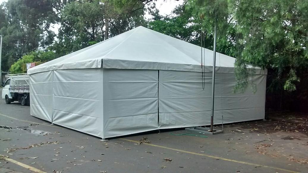 Tendas Piramidais Fechadas no Parque São Lucas - Aluguel de Tenda Piramidal