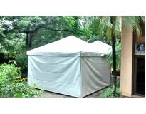 tenda piramidal fechada na CECAP